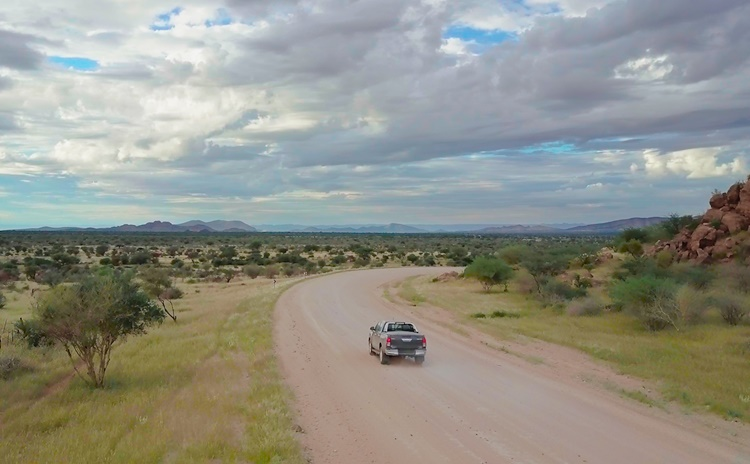 Zugangsstraße zu den Minen Rubicon und Helikon; Foto: Desert Lion Energy