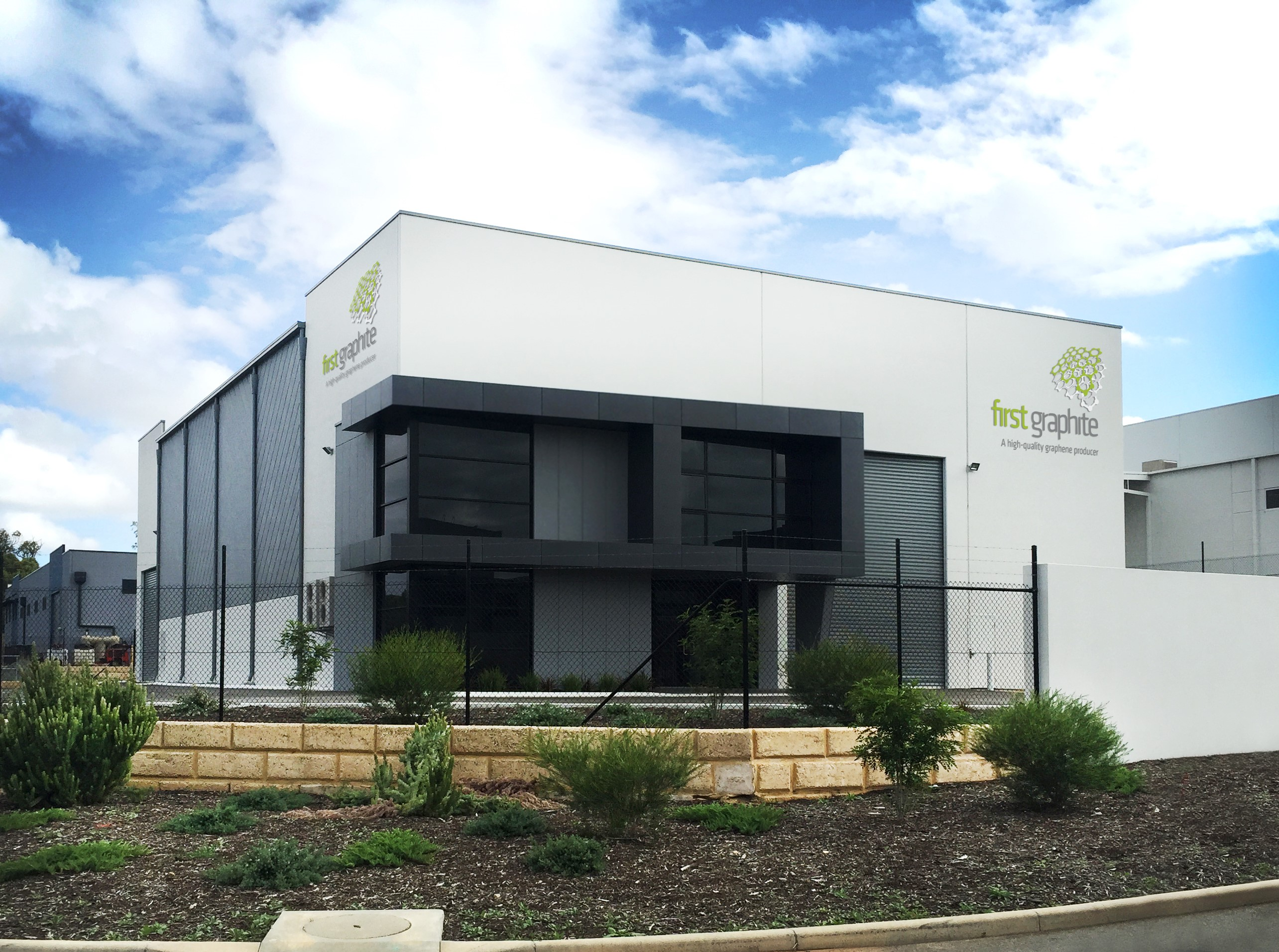 First Graphite Approval has now been received to construct a Commercial Graphene Facility at FGRs premises in the Australian Marine Complex Henderson