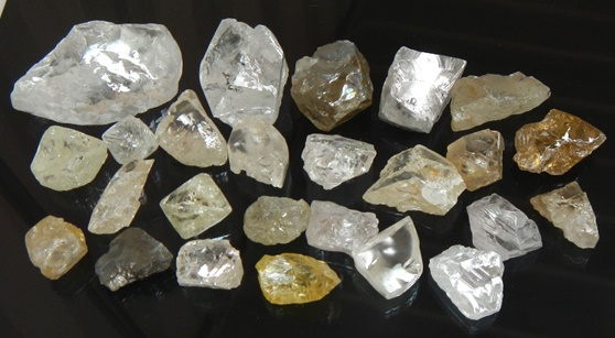 Lucapa Diamond Selection of 25 Special diamonds from Mining Blocks 8 and 6 to be included in the first sale of 2018 including the 129 carat and 78 carat Type IIa D colour diamonds top left corner