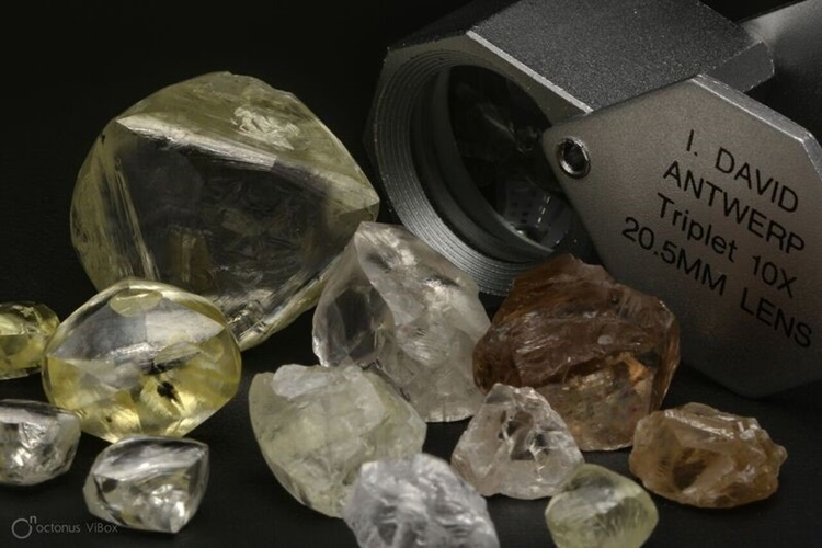 Lucapa Diamond Selection of Mothae bulk sampling diamonds including Specials of up to 89 carats from the 2500 carat parcel exported to Antwerp in the September 2018