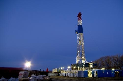 Cub-Creek-Oil-Rig