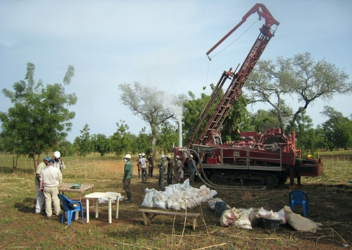 a03m_Apr-2012-RC-drilling-Tankoro-exploration-property