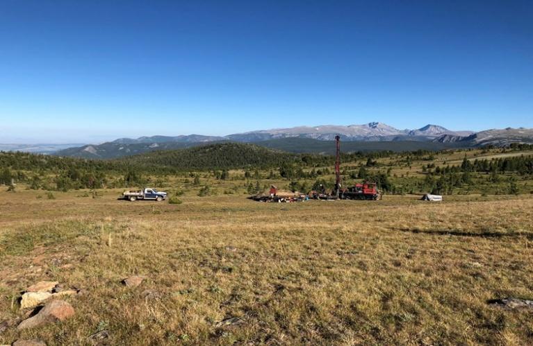 Bohrung auf Stillwater West in Montana; Quelle: Group Ten Metals